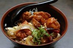 Ασιατική λιχουδιά - το κοτόπουλο Karaage φορά Στοκ Εικόνα