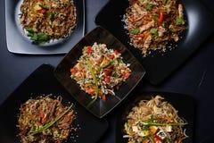 Ασιατική κατάταξη επιλογών οικογενειακών γευμάτων εστιατορίων Στοκ φωτογραφίες με δικαίωμα ελεύθερης χρήσης