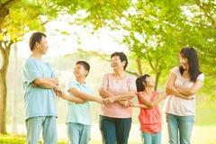 Ασιατική οικογένεια Στοκ εικόνα με δικαίωμα ελεύθερης χρήσης