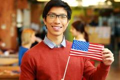 Ασιατική σημαία εκμετάλλευσης σπουδαστών των ΗΠΑ Στοκ φωτογραφία με δικαίωμα ελεύθερης χρήσης