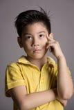 Ασιατική σκέψη αγοριών Στοκ φωτογραφίες με δικαίωμα ελεύθερης χρήσης