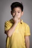 Ασιατική σκέψη αγοριών Στοκ εικόνες με δικαίωμα ελεύθερης χρήσης