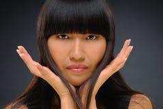 ασιατική όμορφη κομψή καλυμμένη γυναίκα ομορφιάς Στοκ φωτογραφίες με δικαίωμα ελεύθερης χρήσης