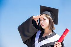 Ασιατικός απόφοιτος φοιτητής στοκ εικόνες