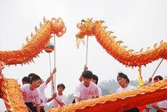 ασιατικός δράκος χορού στοκ εικόνα