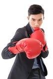 Ασιατικός επιχειρηματίας με τα εγκιβωτίζοντας γάντια Στοκ Φωτογραφία
