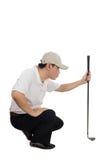 Ασιατικός κινεζικός αρσενικός παίκτης γκολφ που στοχεύει για τον τεθειμένο πυροβολισμό του Στοκ Εικόνες