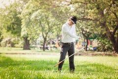 Ασιατικός 0 παίκτης γκολφ ατόμων Στοκ Εικόνες