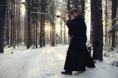 Ασιατικός πολεμιστής πολεμικών τεχνών στη χειμερινή κατάρτιση Στοκ φωτογραφία με δικαίωμα ελεύθερης χρήσης