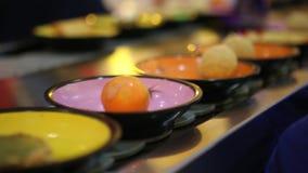 Ασιατικό εστιατόριο ζωνών μεταφορέων φιλμ μικρού μήκους