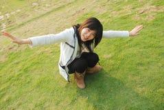ασιατικό κορίτσι ηλιόλο&upsi Στοκ φωτογραφία με δικαίωμα ελεύθερης χρήσης