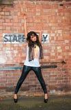 ασιατικό κορίτσι πόλεων δ& Στοκ εικόνα με δικαίωμα ελεύθερης χρήσης