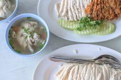 Ασιατικό κοτόπουλο ύφους στο ρύζι Στοκ Εικόνες