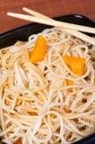 Ασιατικό πιάτο - ζυμαρικά Στοκ Εικόνες
