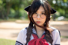 Ασιατικό σχολικό κορίτσι με τα γοητευτικά μάτια Στοκ φωτογραφίες με δικαίωμα ελεύθερης χρήσης