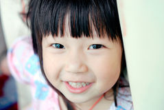 ασιατικό χαμόγελο παιδιώ& Στοκ φωτογραφία με δικαίωμα ελεύθερης χρήσης