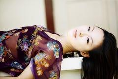 ασιατικό όμορφο κορίτσι στοκ εικόνες με δικαίωμα ελεύθερης χρήσης