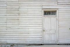 Ασπρίστε την πόρτα Στοκ φωτογραφίες με δικαίωμα ελεύθερης χρήσης