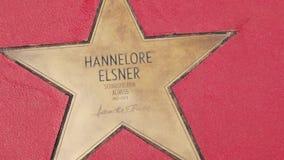 Αστέρι της Hannelore Elsner στα αστέρια λεωφόρων der, περίπατος της φήμης στο Βερολίνο απόθεμα βίντεο