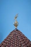 Αστέρι του Δαβίδ στη στέγη της συναγωγής Στοκ φωτογραφίες με δικαίωμα ελεύθερης χρήσης