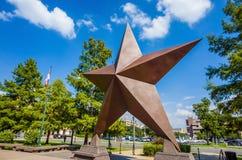 Αστέρι του Τέξας μπροστά από την κρατική ιστορία Museu του Bullock Τέξας βαριδιών στοκ φωτογραφίες