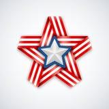 Αστέρι φιαγμένο από συμπεπλεγμένη κορδέλλα με τα λωρίδες αμερικανικών σημαιών και άσπρο αστέρι μέσα επίσης corel σύρετε το διάνυσ Στοκ φωτογραφία με δικαίωμα ελεύθερης χρήσης