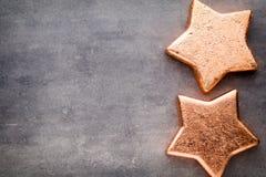 αστέρι χαλκού Πρότυπο Χριστουγέννων Υπόβαθρο στο γκρίζο χρώμα Στοκ Εικόνα