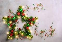 Αστέρι Χριστουγέννων με τα μπιχλιμπίδια Στοκ Εικόνα