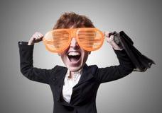 Αστεία μεγάλη επικεφαλής επιχειρησιακή γυναίκα μαριονετών Στοκ Φωτογραφίες