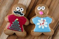Αστεία μπισκότα μελοψωμάτων διακοπών Στοκ φωτογραφία με δικαίωμα ελεύθερης χρήσης