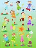 Αστεία παιδιά με τα παιχνίδια Ελεύθερη απεικόνιση δικαιώματος