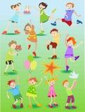 Αστεία παιδιά με τα παιχνίδια Διανυσματική απεικόνιση