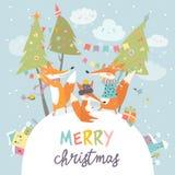 Αστείοι φίλοι αλεπούδων που γιορτάζουν τα Χριστούγεννα Στοκ εικόνες με δικαίωμα ελεύθερης χρήσης