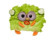 Αστείος έκπληκτος αντέχει φιαγμένος από φρέσκα λαχανικά Στοκ Εικόνες
