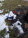 Αστείος λειωμένος χιονάνθρωπος στοκ φωτογραφία με δικαίωμα ελεύθερης χρήσης