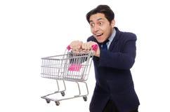 Αστείο άτομο με το κάρρο αγορών που απομονώνεται στο λευκό Στοκ φωτογραφία με δικαίωμα ελεύθερης χρήσης