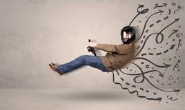 Αστείο άτομο που οδηγεί ένα πετώντας όχημα με συρμένες τις χέρι γραμμές μετά από τον Στοκ φωτογραφία με δικαίωμα ελεύθερης χρήσης