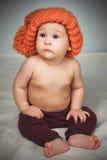 αστείο καπέλο κοριτσιών &la Στοκ φωτογραφία με δικαίωμα ελεύθερης χρήσης