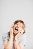 Αστείο ατόμων πορτρέτου πραγματικό γκρίζο υπόβαθρο καθορισμού ανθρώπων υψηλό στοκ φωτογραφία