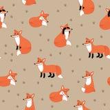 Αστείο συρμένο χέρι άνευ ραφής σχέδιο αλεπούδων στοκ εικόνες με δικαίωμα ελεύθερης χρήσης