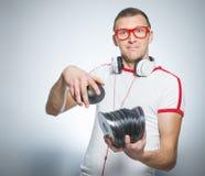 Αστείο DJ με τα CD Στοκ φωτογραφία με δικαίωμα ελεύθερης χρήσης