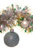 αστερίσκων μπλε δέντρο σφαιρών διακοσμήσεων Χριστουγέννων σκοτεινό Στοκ Εικόνα