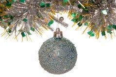 αστερίσκων μπλε δέντρο σφαιρών διακοσμήσεων Χριστουγέννων σκοτεινό Στοκ Φωτογραφία