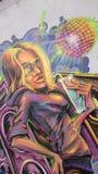 Αστικά γκράφιτι - disco babe Στοκ φωτογραφία με δικαίωμα ελεύθερης χρήσης