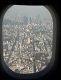 Αστική αρχιτεκτονική στην Πόλη του Μεξικού από το αεροπλάνο Στοκ φωτογραφία με δικαίωμα ελεύθερης χρήσης