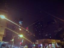 Αστική νύχτα πόλεων Στοκ φωτογραφία με δικαίωμα ελεύθερης χρήσης