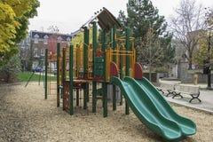 Αστική παιδική χαρά παιδιών Στοκ φωτογραφίες με δικαίωμα ελεύθερης χρήσης