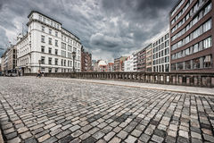 Αστική σκηνή με το αναδρομικό εκλεκτής ποιότητας μονοχρωματικό φίλτρο ύφους Instagram Στοκ Εικόνα