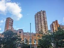 Αστική σκηνή της εκλεκτικής αρχιτεκτονικής στη Μπογκοτά Κολομβία Στοκ Φωτογραφίες