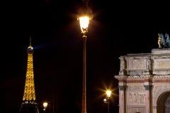 Αστικός λαμπτήρας στο Παρίσι τη νύχτα Στοκ Εικόνα